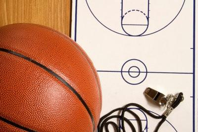 Panier de basket - hauteur de Vote parfaitement aux jeunes enfants