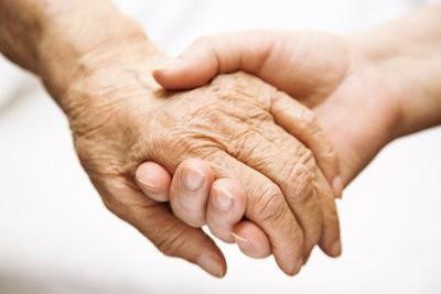 Comment devenir un compagnon quotidien pour les personnes âgées?