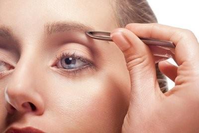 Instructions - épilation des sourcils