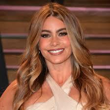 Top 10 Célébrités les plus mignons et sourires avec Innocent