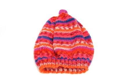 Chapeaux pour les enfants se tricotent - de sorte qu'il fonctionne