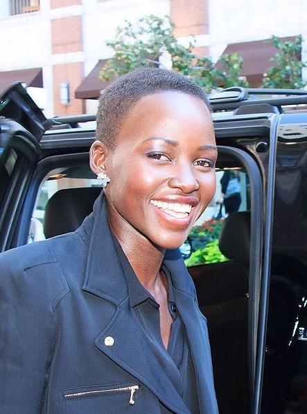 Lupita Nyong'o Boyfriend 2014: Actrice est Rencontres membre Gang qui a été arrêté 12 fois?