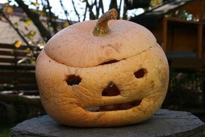 Déguiser pour Halloween - de sorte que vous êtes tueur poupée Chucky pour