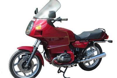 Apprendre à monter à moto - dômes va donc