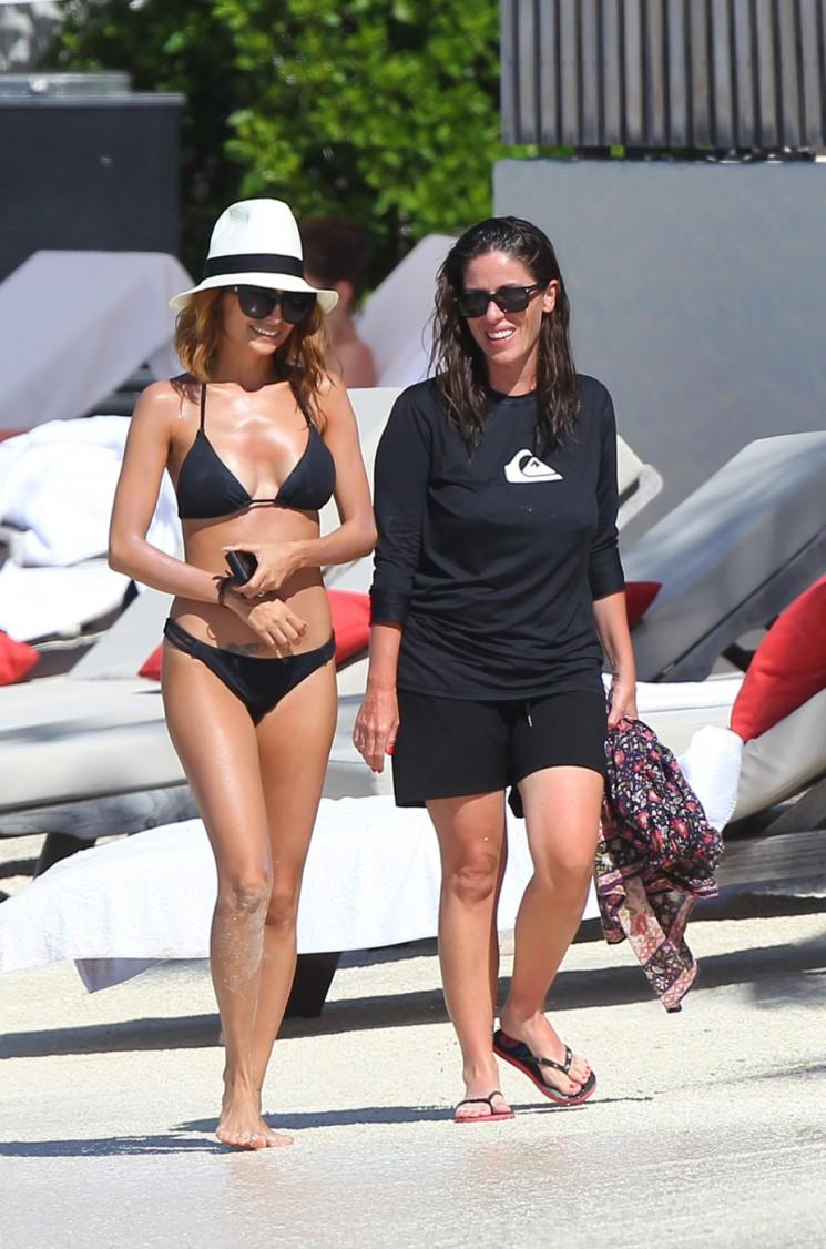"Nicole Richie et Jessica Alba prendre un ""Momacation« Ensemble (Photos)"