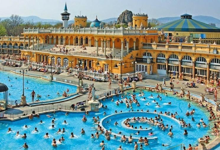 Bain thermal Széchenyi à Budapest