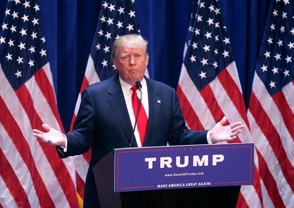 Donald Trump Fired De NBC: Les politiciens latino-américains, partisans applaudissent NBC