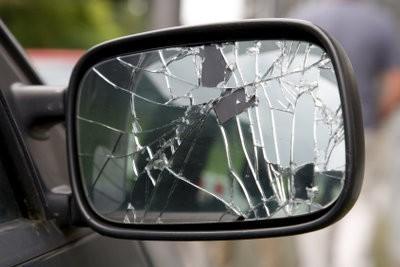 Miroir brisé et le bonheur aussi - des informations intéressantes sur cette pratique