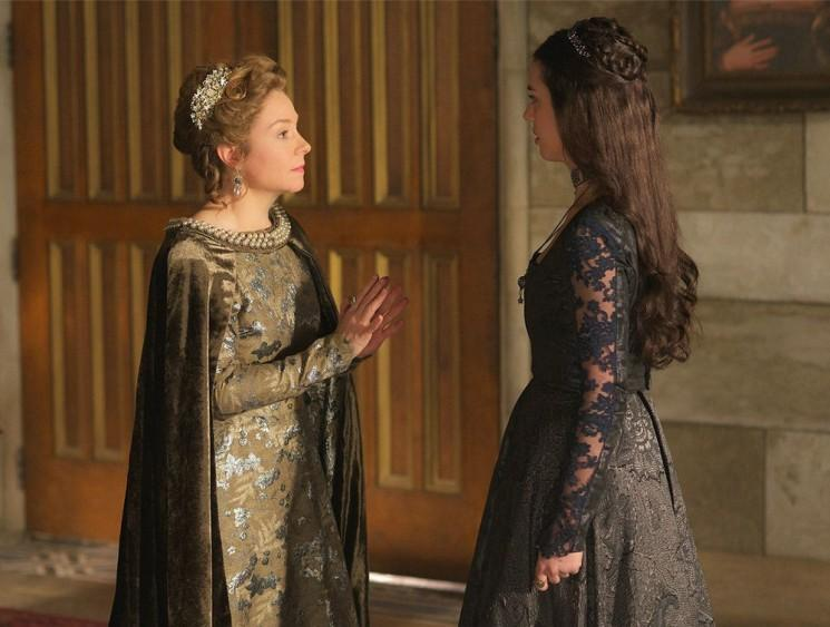 «Règne» Saison 3 spoilers: Catherine est tombé en amour avec Narcisse, Laurie McCarthy dit qu'il ya «certainement beaucoup plus Men 'Remplissage de la Cour d'Angleterre