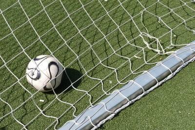 FIFA 12 - confirmer balle