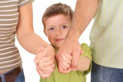 Quelles sont les exigences si je veux prendre soin des enfants?