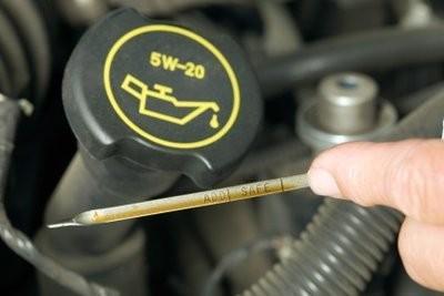 Mélanger l'huile moteur - que vous devez prendre en considération