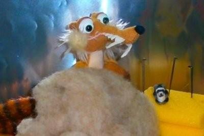 Bricoler L'écureuil Ice Age comme un câlin - Instructions