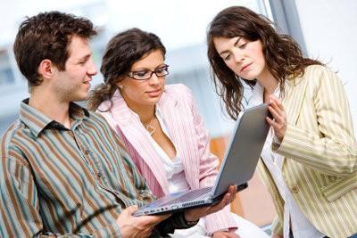 Temps de travail - des avantages et des inconvénients que un employé