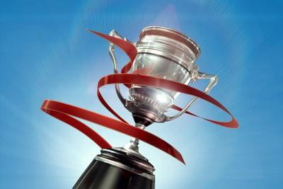Réplique Coupe Tinker faite de papier mâché - Ligue des Champions