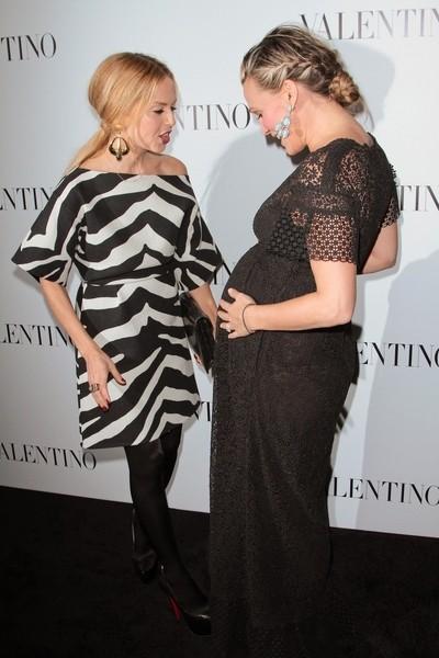 Rachel Zoe Et Molly Sims Bond À Valentino ouverture du magasin (Photos)
