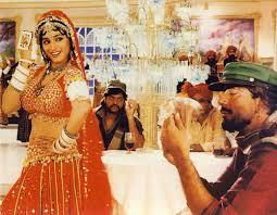 Top 10 des meilleures chansons de Madhuri Dixit de tous les temps