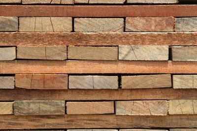 Construire porte-manteau en bois lui-même